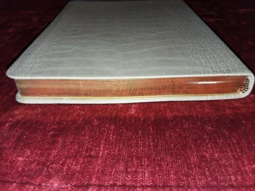 PAPYRUS Embossed Leather in